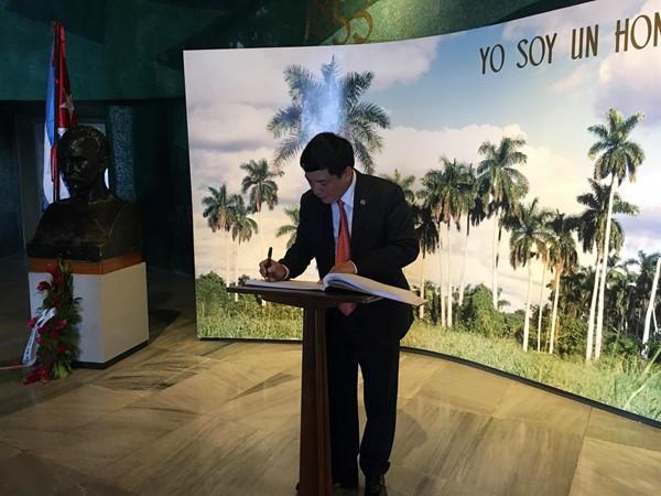 Vietnam y Cuba incrementan la cooperación sindical - ảnh 2