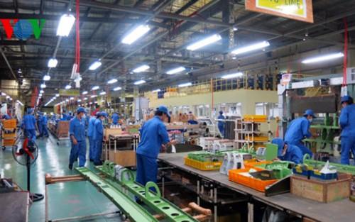 Los empresarios vietnamitas avanzan con el desarrollo nacional en la nueva coyuntura - ảnh 1