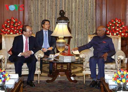 Primer ministro de Vietnam se reúne con el presidente de la India - ảnh 1