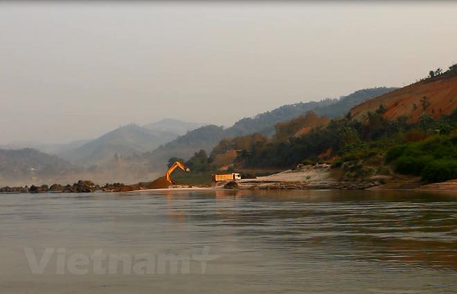 Premier vietnamita a la Cumbre de la Comisión del río Mekong - ảnh 1