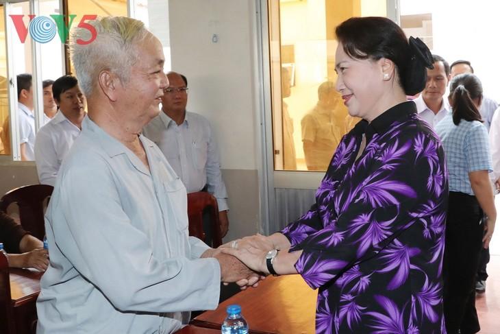 Líder parlamentaria contacta con electores locales de Can Tho - ảnh 1