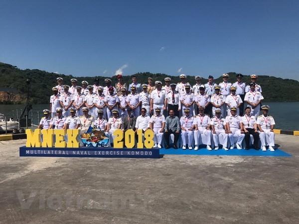 Marina vietnamita toma parte en ejercicios militares Komodo 2018 en Indonesia - ảnh 1