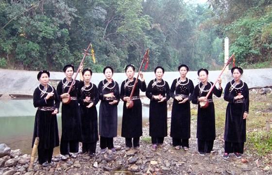 La clase del dialecto Tay contribuye a preservar la identidad étnica en la región norteña - ảnh 1