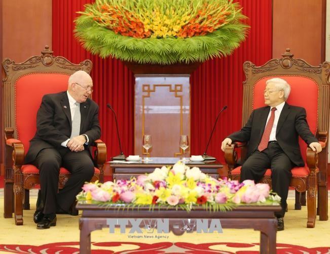 Máximo líder político de Vietnam recibe al gobernador general de Australia - ảnh 1