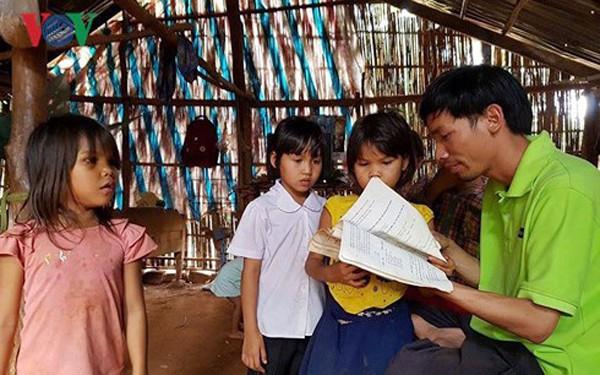 """El grupo """"Querido Domingo"""" y su aspiración de construir 1001 bibliotecas en zonas difíciles - ảnh 2"""