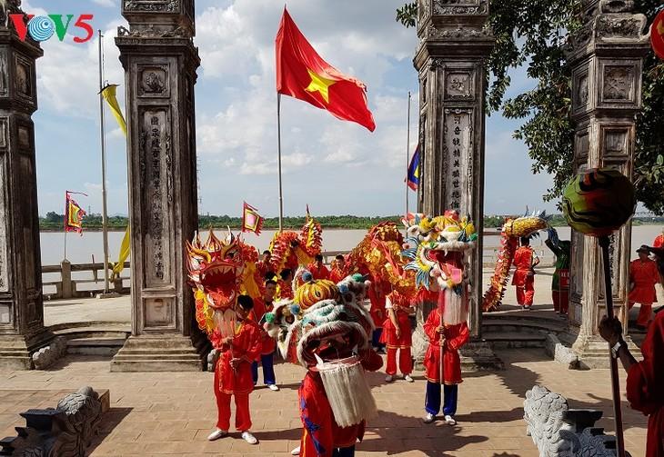 La casa comunal Chem, reliquia cultural milenaria de Vietnam - ảnh 3