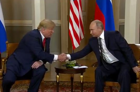 Resanan las relaciones Rusia-Estados Unidos después de la cumbre en Finlandia  - ảnh 1