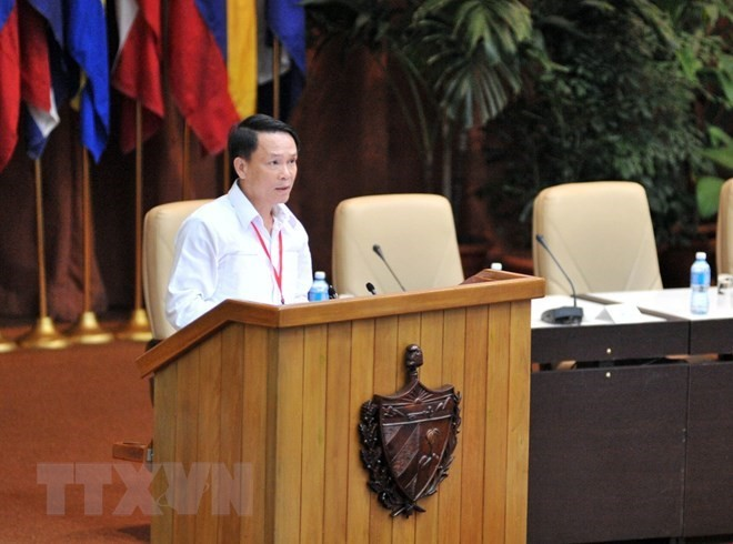 Dirigente partidista de Vietnam reafirma amor de su pueblo hacia Fidel Castro - ảnh 1