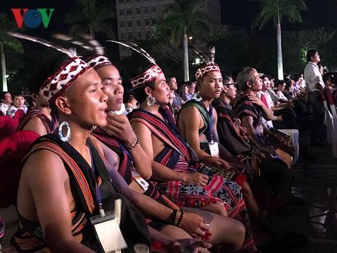 Comienza el Festival Cultural de las Etnias de la Región Central de Vietnam 2018 - ảnh 1