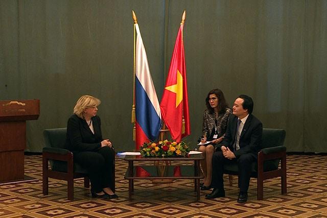 Refuerzan la cooperación educativa Vietnam-Rusia - ảnh 1