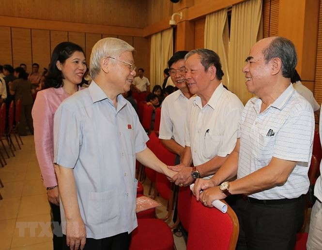 Máximo líder político de Vietnam realiza contactos electorales en Hanói - ảnh 1