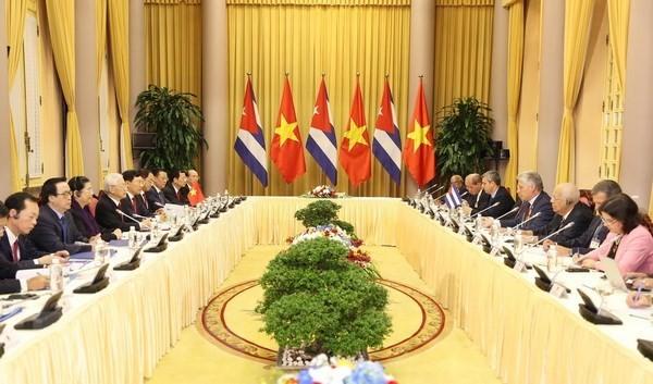 Vietnam y Cuba afianzan relaciones de amistad tradicional y cooperación integral - ảnh 1