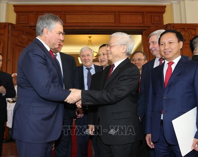 Presidente de Duma Estatal de Rusia termina visita a Vietnam - ảnh 1