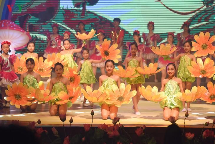 La Voz de Vietnam acoge festival de canto en respuesta al Día Internacional de la Infancia - ảnh 1