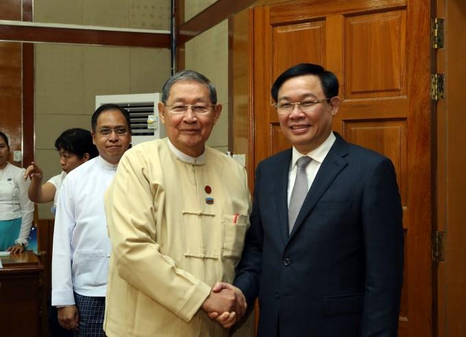 Vicepremier vietnamita continúa visita de trabajo a Myanmar  - ảnh 1