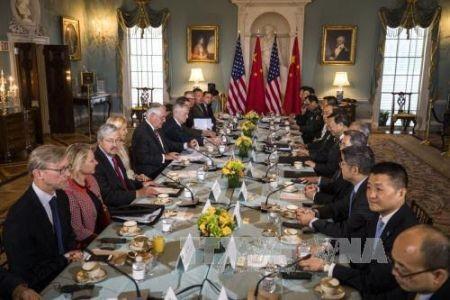 China y Estados Unidos inauguran un diálogo diplomático y de seguridad - ảnh 1