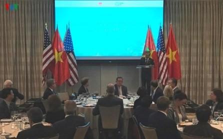 La visita del presidente Donald Trump ayuda a profundizar las relaciones Vietnam-Estados Unidos  - ảnh 1