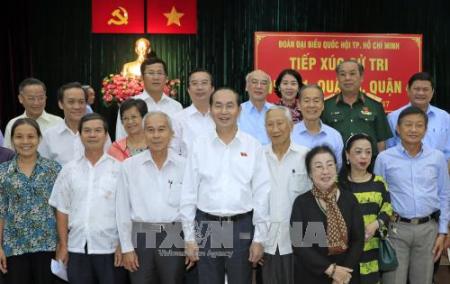Presidente vietnamita se reúne con votantes de Ciudad Ho Chi Minh  - ảnh 1