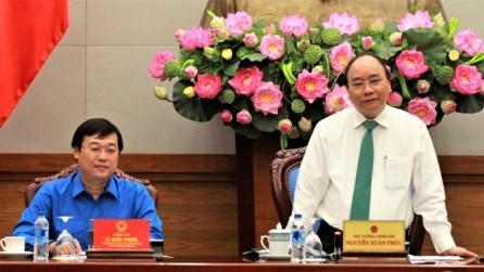 Premier vietnamita se reúne con dirigentes de la Juventud Comunista - ảnh 1