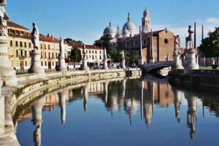 Fomentan la cooperación eficiente entre localidades italianas y vietnamitas  - ảnh 1