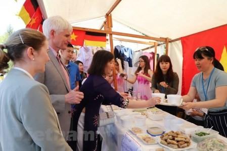 Vietnam participa en festival culinario en Alemania  - ảnh 1