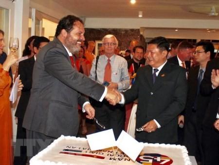 Celebran en Ciudad Ho Chi Minh el 45 aniversario de las relaciones Vietnam-Holanda - ảnh 1