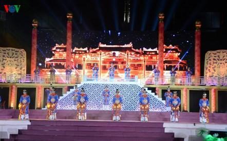 Festival de Hue 2018 promociona la cultura vietnamita  - ảnh 1