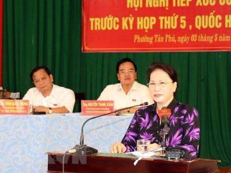 Presidenta parlamentaria contacta con electores en Can Tho  - ảnh 1