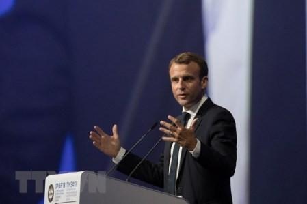 Presidente francés critica decisión de Washington de imponer aranceles comerciales  - ảnh 1