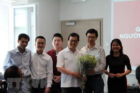 Inauguran una agrupación oficial de intelectuales y expertos vietnamitas en Suiza  - ảnh 1