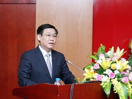 Llaman a crear bases para el crecimiento rápido y sostenible de Vietnam - ảnh 1