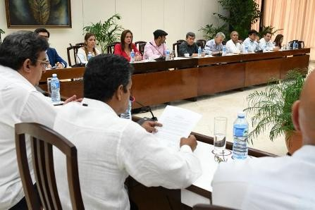 Gobierno colombiano finaliza quinta rueda de diálogos con ELN sin acuerdo de cese al fuego bilateral - ảnh 1