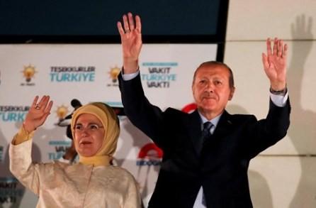 Recep Tayyip Erdogan gana las votaciones generales en Turquía - ảnh 1
