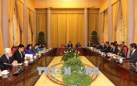 Vicepresidenta de Vietnam insta a ciudad japonesa de Fukuoka a aumentar inversiones  - ảnh 1
