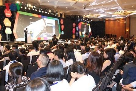 Vietnam busca mejorar la competitividad para garantizar un desarrollo sostenible en la nueva era - ảnh 1