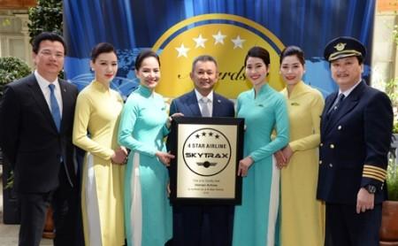Vietnam Airlines reconocida como aerolínea 4 estrellas  - ảnh 1