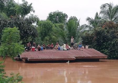 Vietnamitas residentes en Laos están a salvo después del colapso de presa en Laos - ảnh 1