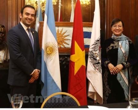 Ciudad Ho Chi Minh y Buenos Aires fortalecen vínculos - ảnh 1