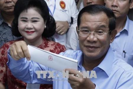 Líder partidista de Vietnam felicita las exitosas elecciones parlamentarias de Cambodia - ảnh 1