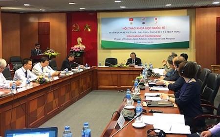 Celebran seminario científico sobre las relaciones Vietnam-Japón - ảnh 1