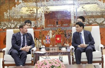 Hanói aumenta cooperación multifacética con Reino Unido - ảnh 1