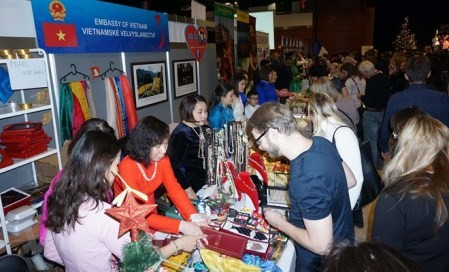 Celebran Feria Internacional de Navidad de Praga 2018  - ảnh 1