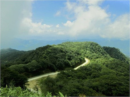 La majestuosa belleza del Geoparque Global Non Nuoc Cao Bang - ảnh 4