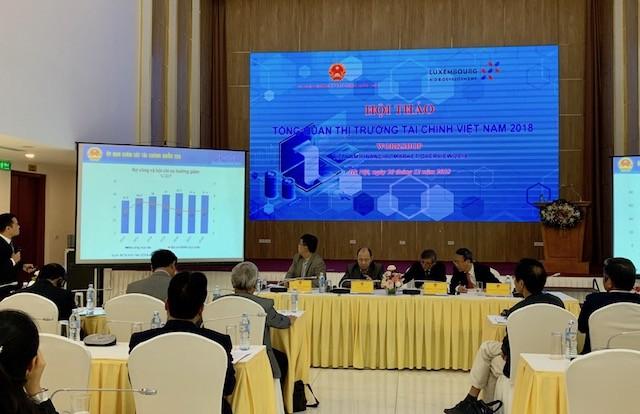 Economía vietnamita continúa logrando avances en 2018 pese a lento crecimiento global - ảnh 1