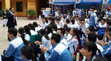 Intensifican consulta profesional para jóvenes vietnamitas  - ảnh 1