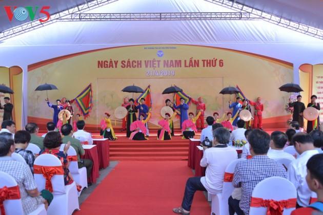El sexto Día del Libro de Vietnam - ảnh 1