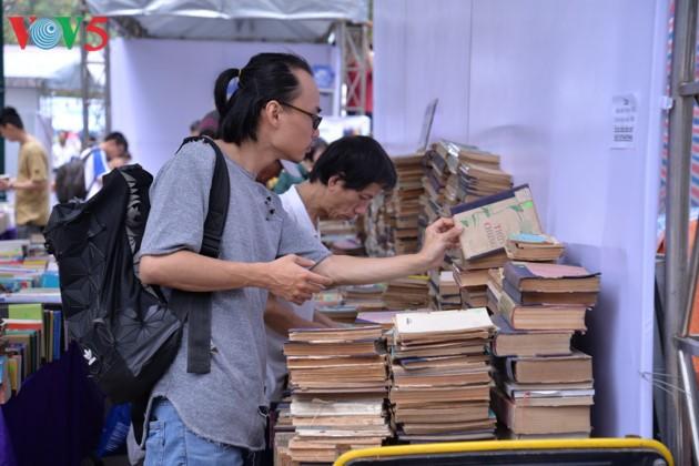 El sexto Día del Libro de Vietnam - ảnh 11