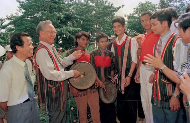 Ex presidente Le Duc Anh: momentos memorables - ảnh 7