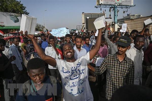 Unión Africana prolonga plazo de transferencia de poder de Ejército sudanés tras golpe de estado - ảnh 1