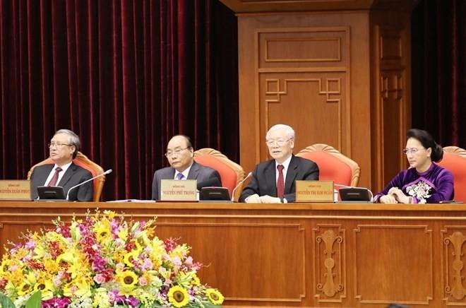 Debaten esquema de documentos presentados en XIII Congreso del Partido - ảnh 1
